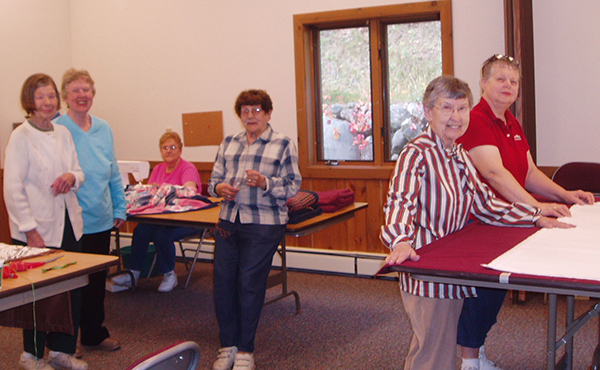 Pioneer Lake Lutheran Church Eagle River, WI Ladies Quilting Group